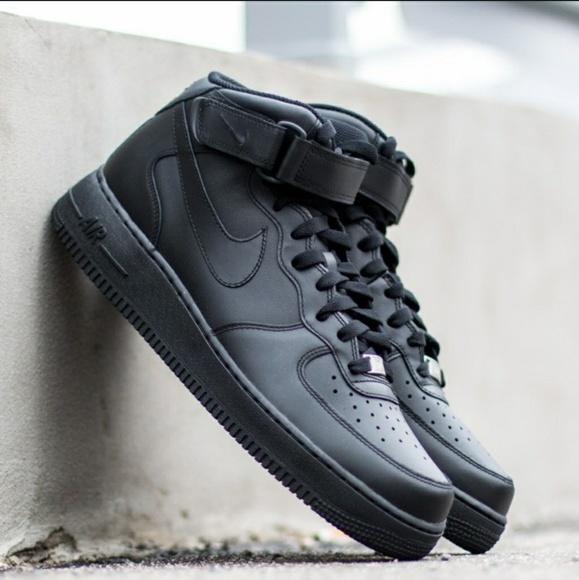 le scarpe nike air force 1 metà gs elementari 6y poshmark
