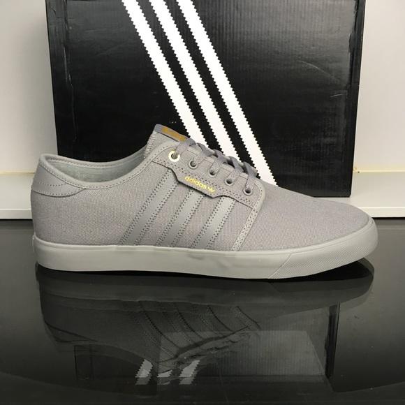 Adidas zapatos GRIS Gold lienzo Seeley poshmark