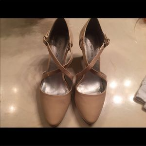 Like new Covington heels