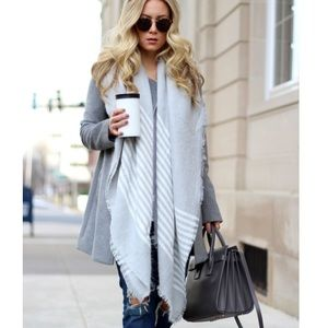 🆕Isla Gray & Cream Striped Blanket Scarf