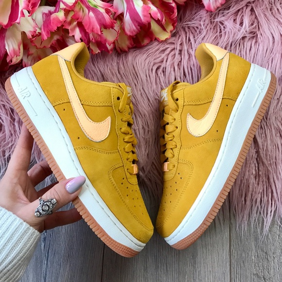 Nwt Nike Id Air Force Suede Mustard