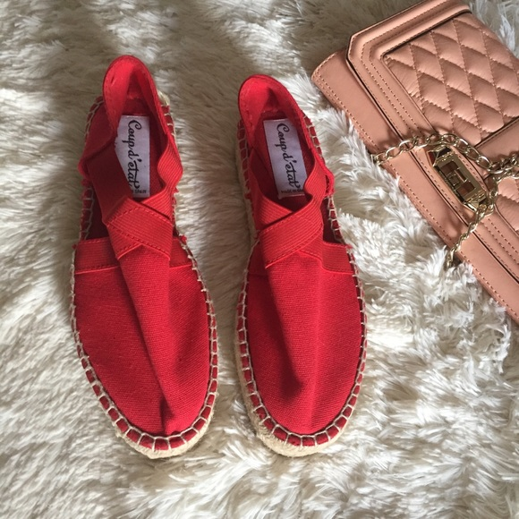 8c97c5a6739 NEW Red woven closed toe cut out espadrilles