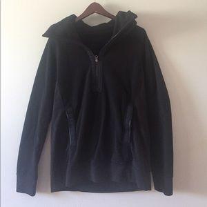 black lululemon post chatarunga pullover size 8