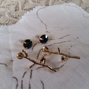 Jewelry - Golden Branches and Green Stud Earring Set