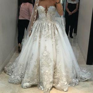 YSA MAKINO Wedding Dress SIZE 8