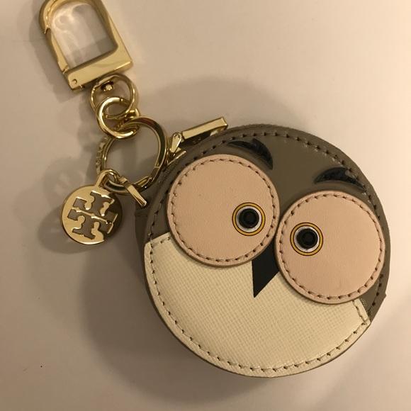 0534eccdb7a Tory Burch Owl coin purse. M 59a067914225bef3fb02db53