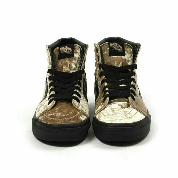 e9cae1443ba NWT Crushed Velvet Vans Sk8 HI Sneakers 8.5