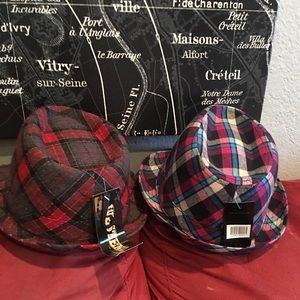 Accessories - Checkered Fedora hats. 6 Available.