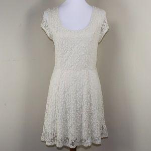 Kimchi Blue Cream Lace Dress