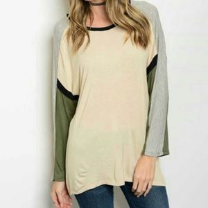 Tops - Long sleeve round neck color block NWOT Plus Size
