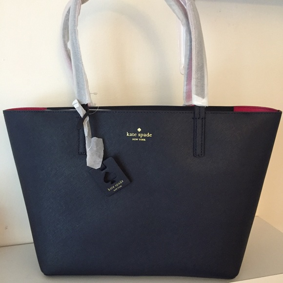 788228172bff Kate Spade Scotts Place Lida Navy Bag