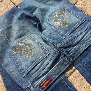 Gold tone studs on pocket boot cut jeans sz 28 8