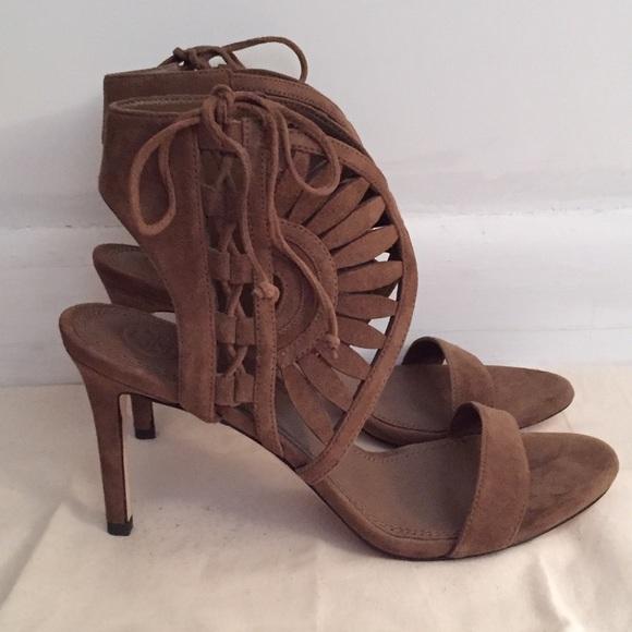665022164 Tory Burch Leyla 85mm Sandal (size 7). M 59a08f969c6fcf533e0056f4