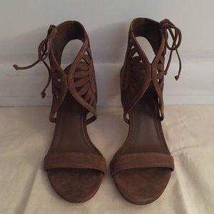 7bad2d5ad Tory Burch Shoes - Tory Burch Leyla 85mm Sandal (size 7)