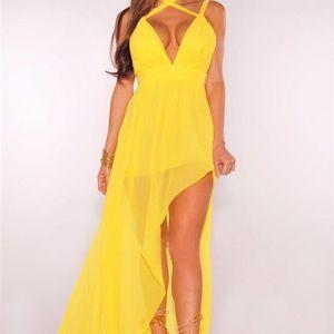 Dresses & Skirts - Yellow Cali Maxi Dress chiffon Brand New
