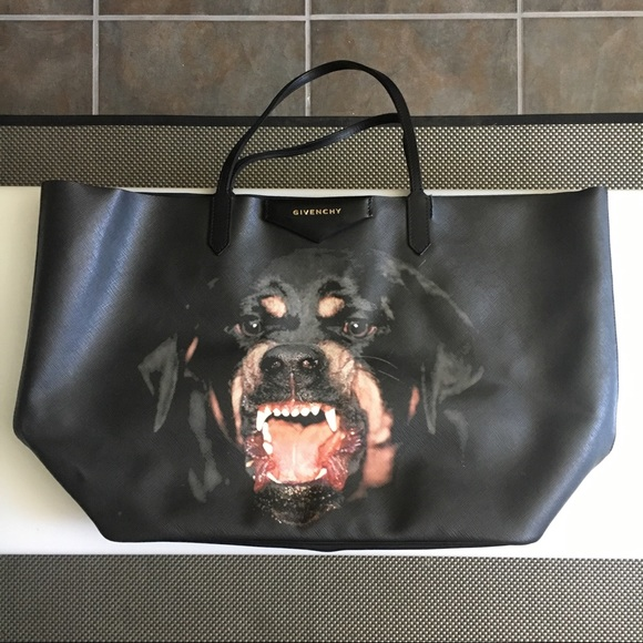 e7c5b0ed50 Givenchy Handbags - Givenchy Antigona Large Rottweiler Tote