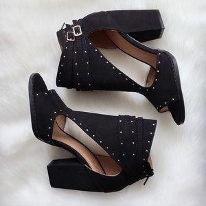 Shoes - 2X HP‼️ 2 LEFT‼️ Adley Block Heel Bootie