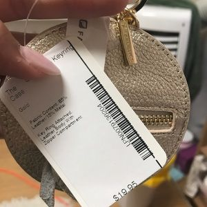 Accessories - Fabletics coin holder