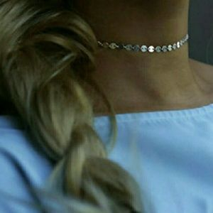 Jewelry - BAOI!!! NWOT Dainty coin choker necklace!