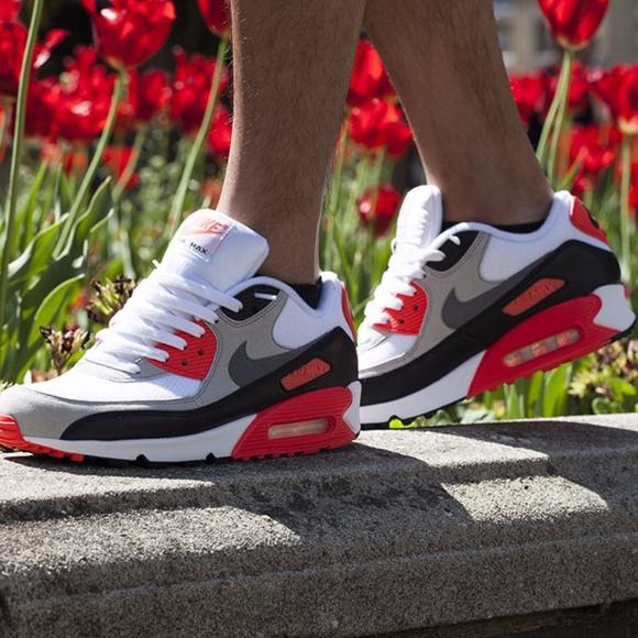 Womens/Girls Nike air max 90 sz 5.5y/7w