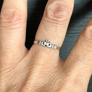 2731222d1bd9 Jewelry - 💕💕TOP SELLER💕💕Silver Dainty Mini Claddagh Ring