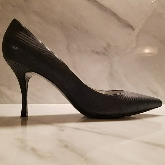 e67c14cd5f7 Lerre Shoes - Lerre Italy Navy blue Leather Pumps