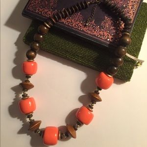Jewelry - Wooden statement necklace
