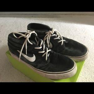 934560758c1 Nike Shoes - NIKE SB STEFAN JANOSKI MID-TOP CUT