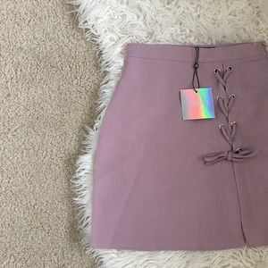 • Missguided A-Line Mauve Mini Skirt •
