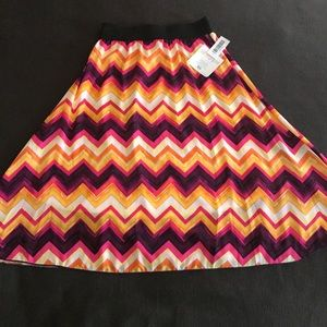 Fun, Flirty LulaRoe Lola Skirt
