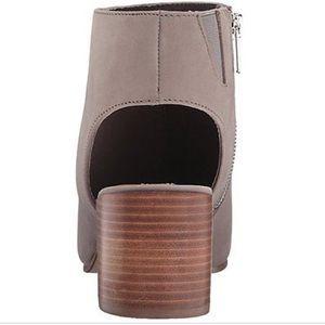 231bd5e875d Steve Madden Shoes - Steve Madden RICO Heeled Sandal