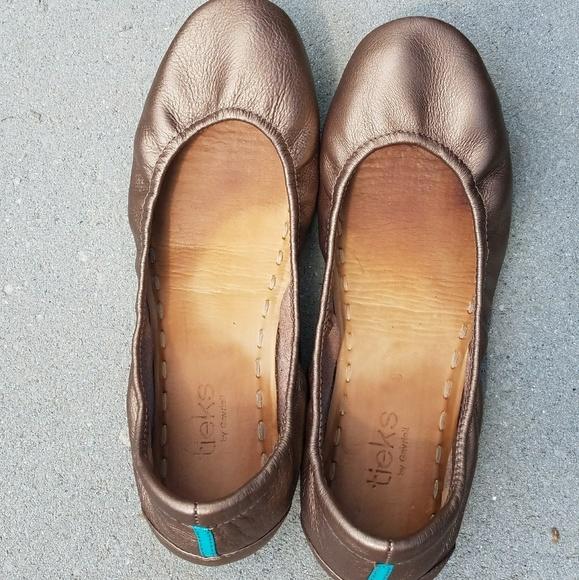 Tieks Shoes   Vgc Metallic Bronze Size