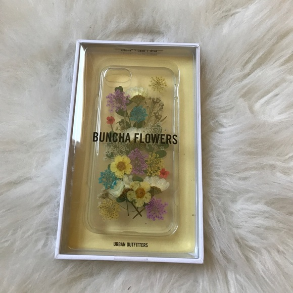 big sale 419d4 4fb8c IPhone 7 Urban Outfitters Buncha Flowers Case NWT