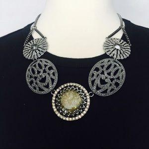 Jewelry - Boho Gray Silver Green Pendant Bib Necklace