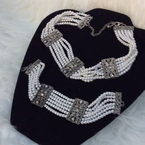 Pearl & rhinestones choker & bracelet