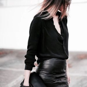 FINAL PRICE | H&M Black Button Front Shirt