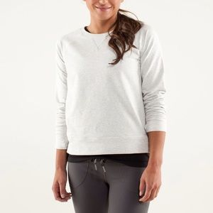 Lululemon Voyage Pullover in Heathered Lilac