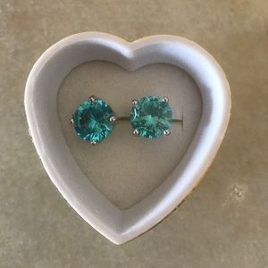 Jewelry - REDUCED! Gorgeous white Gold Filled Blue Earrings
