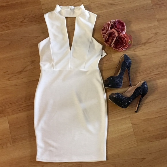 Dresses & Skirts - Mock neck bodycon dress