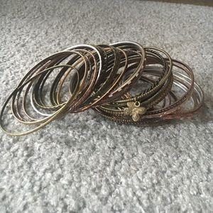 Jewelry - Bronze bangle bracelets 😍
