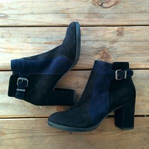 Aquatalia Elianna navy and black suede ankle boots
