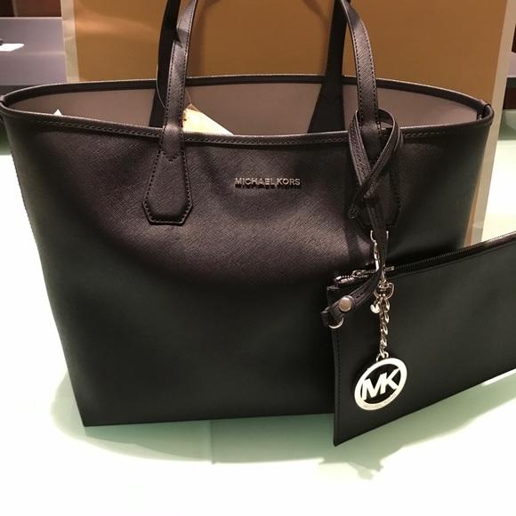 6600aa0069f0 MICHAEL Michael Kors Bags | Brand Nwt Michael Kors Candy Reversible ...