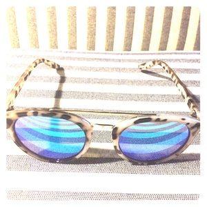 Tortoise Frame Blue Lens Sunglasses