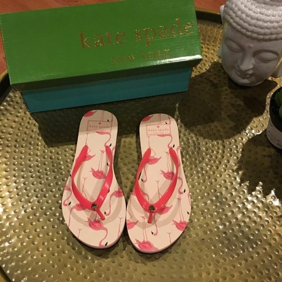 a1326bbc46b0 NWT Kate Spade Flamingo Sandals Flips Flops