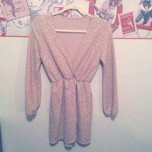 Dresses & Skirts - Sparkly V-Neck Dress