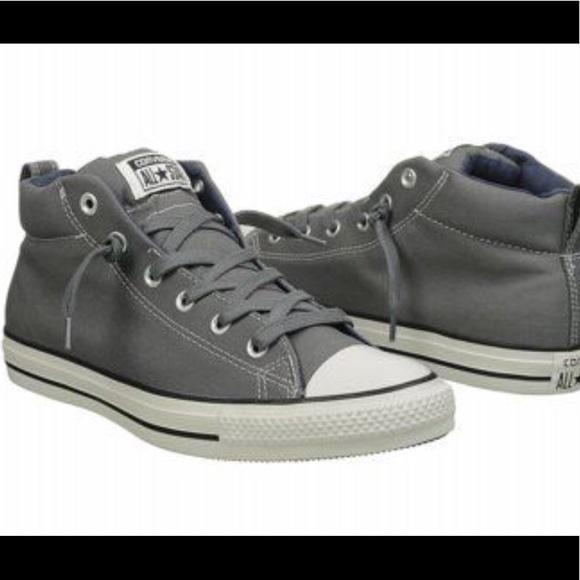 e597bafdd20b Boys Converse leather Mid street NWT Sz 3