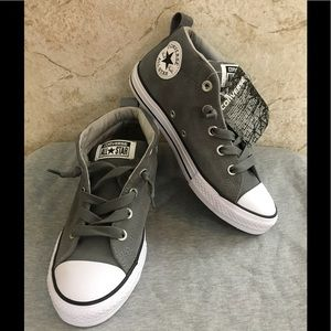 842029a30875 Converse Shoes - Boys Converse leather Mid street NWT Sz 3