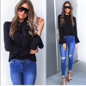 Tops - Restocked!❤️HP Black Bell Sleeve Pussybow Blouse