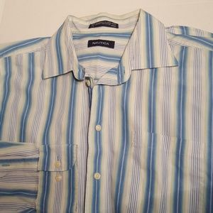 ⚠️⚠️  Men's Nautica long sleeve button up shirt