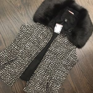 NWT WHBM Black & Cream Fur Collar Puffer Vest